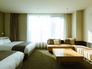 hotel_deluxeroom.jpg