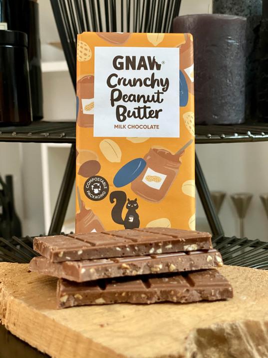 GNAW CHOCOLATE CRUNCHY PEANUT BUTTER MILK CHOCOLATE 100GR UAE