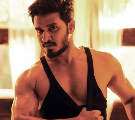 Actor 'Nikhil' is selecting different characters