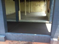Plain Garage & Coloured Porch