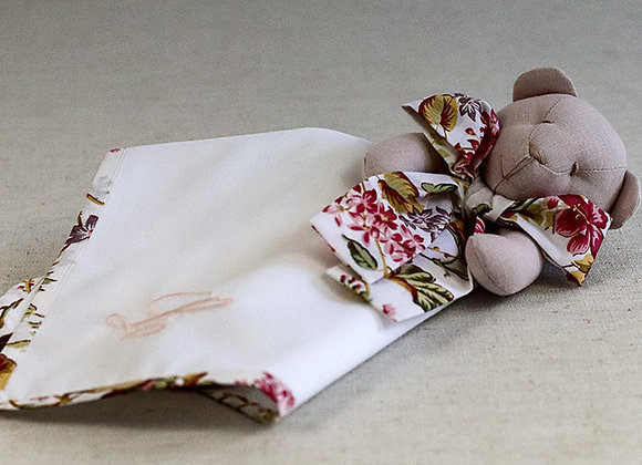 Naninha - Ursinha Floral com inicial personalizável