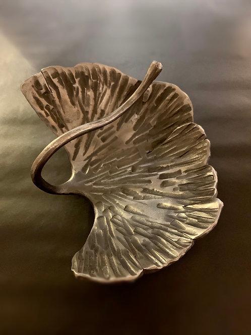 Ginkgo bilboa leaf bowl (small )