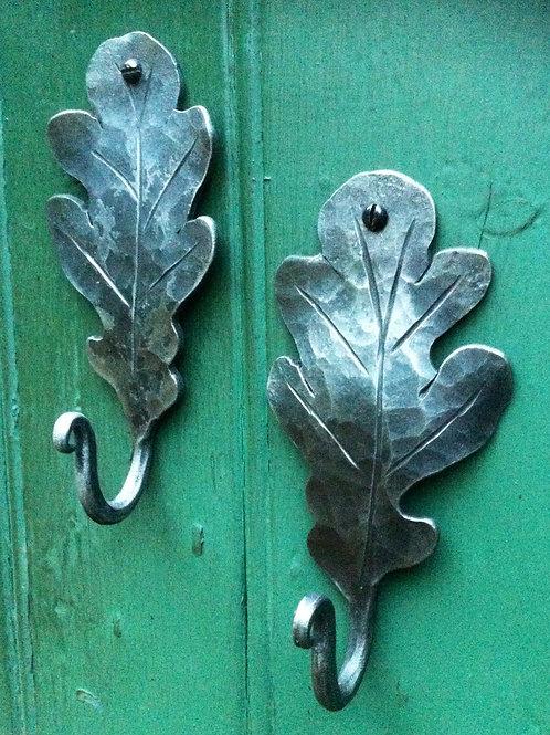 Oak leaf hooks .