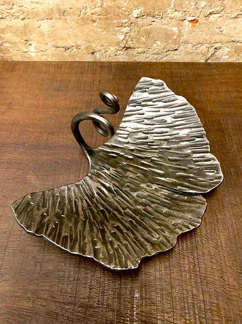 Ginkgo leaf display  bowl