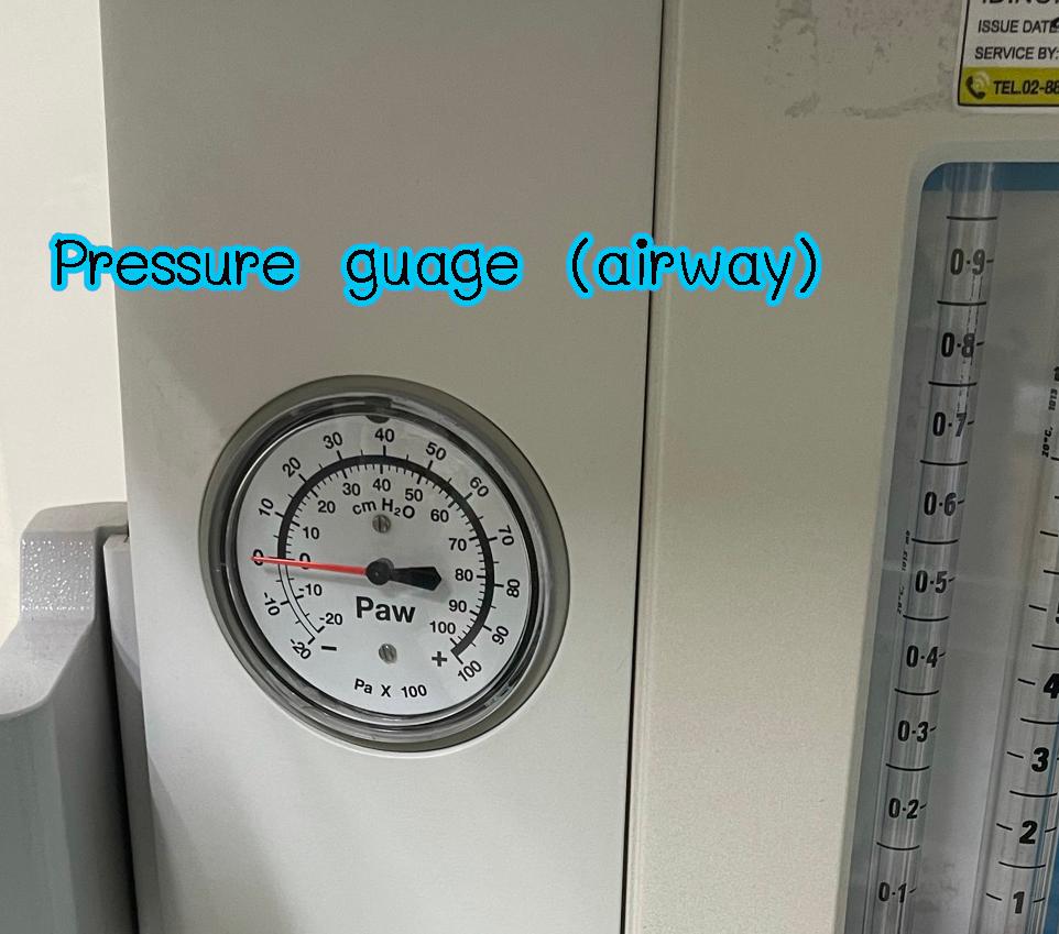 Pressure guage airway
