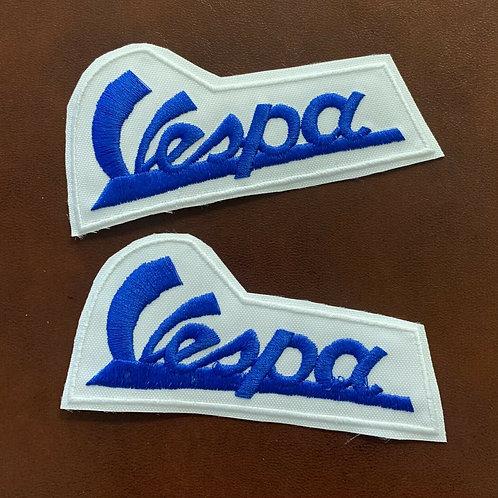 bordado letras Vespa azul