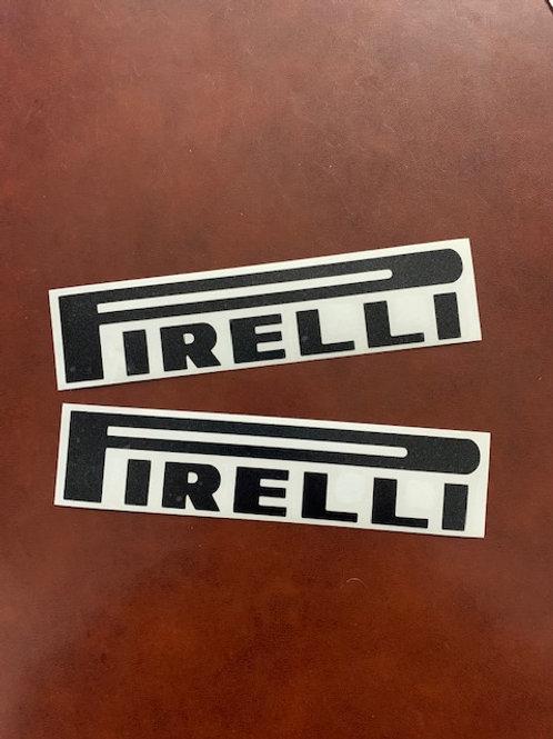 vinilo recortado negro letras Pirelli