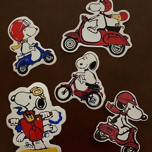 adhesivos Snoopy moto