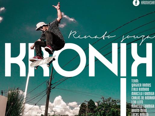 Renato Souza para a Kronik Skateboards