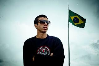 Entrevista exclusiva e descontraída com Luan de Oliveira