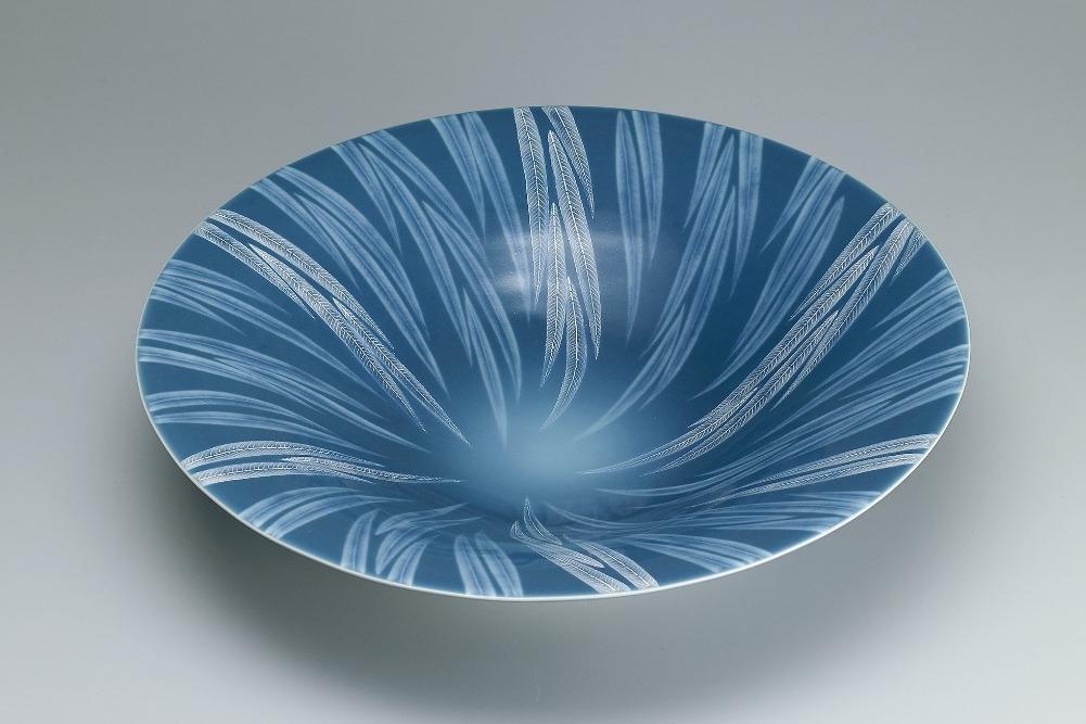 青磁秞彩葉紋大鉢