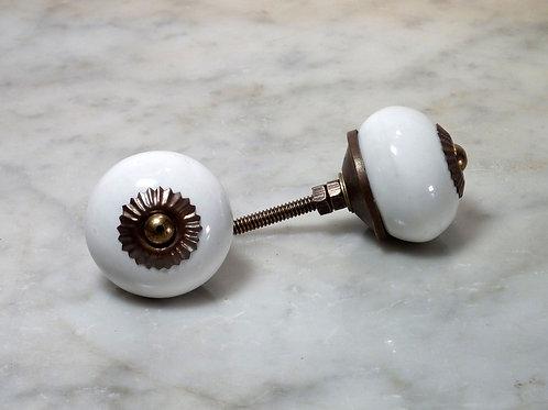 Round White Antique SCRK-16