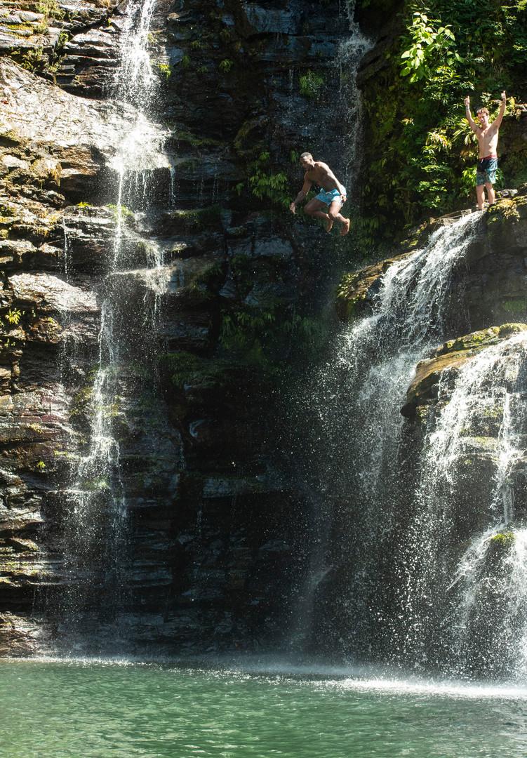 Nauyaca - Jumping from the bottom waterf