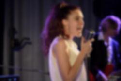Emily, chanteuse de la Cie Prélude Music