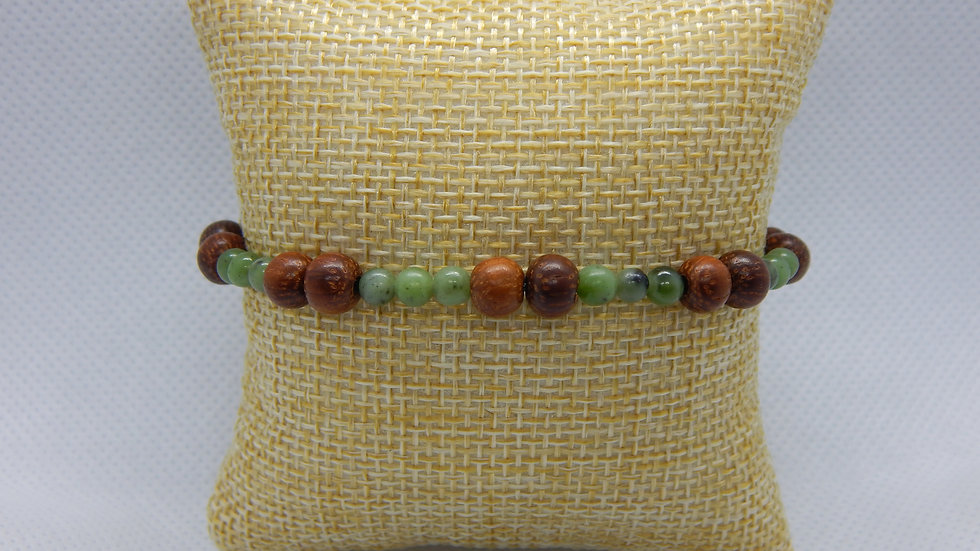 Men's/Women's Bayong Wood and Nephrite Jade Stretch Bracelet
