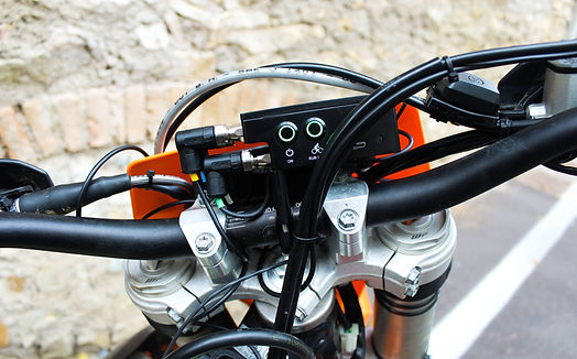 BYB Telemetry acquisition unit on dirtbike