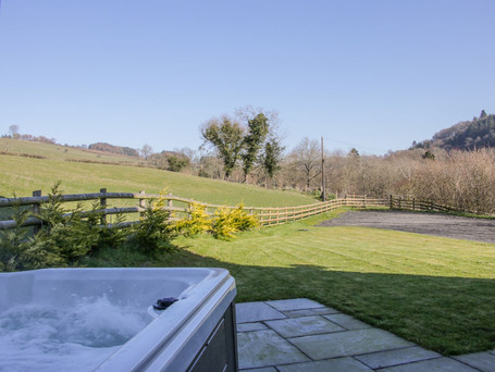 Hot Tub, The Stables Holiday Cottage, Mid Wales