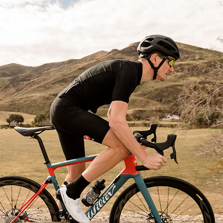 סקירת אופניים של Competitive Cyclist על דגם Cento10NDR