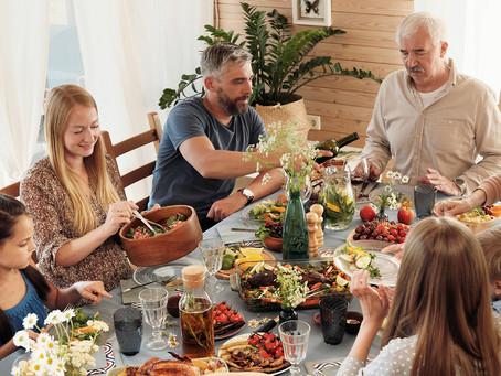 איך לשרוד את החג במשפחה משולבת