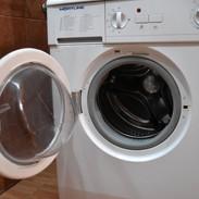 Une machine à laver