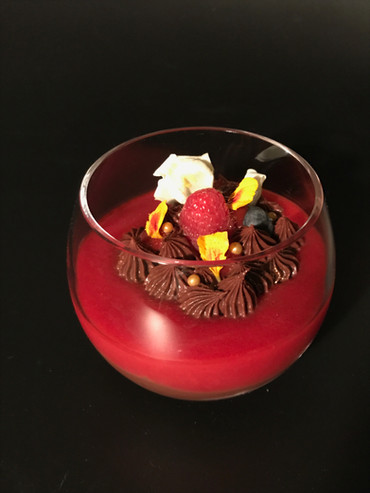 Chocolate pudding with raspberries gelée