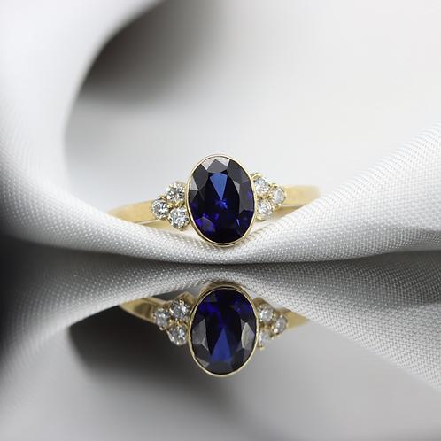 טבעת ספיר ויהלומים