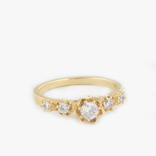 טבעת אירוסין לוטוס