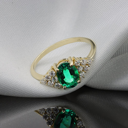 טבעת קולומביאנית אמרלד ויהלומים