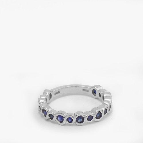 טבעת משתלבת בזהב משובצת ספיר קורנדום כחול
