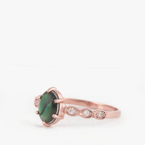 """טבעת """"אבאלון"""" ויהלומים"""