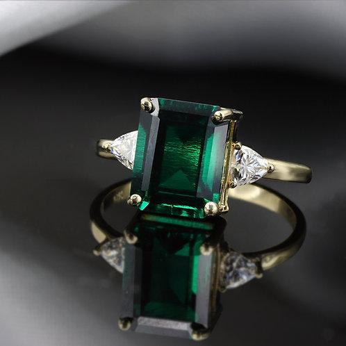 טבעת אמרלד ומוסונייט