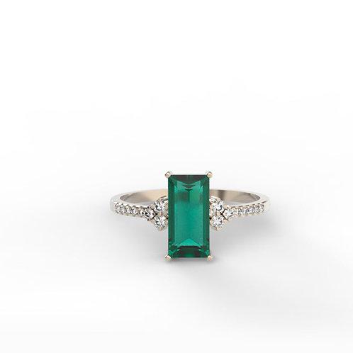 טבעת CARLA אמרלד ויהלומים