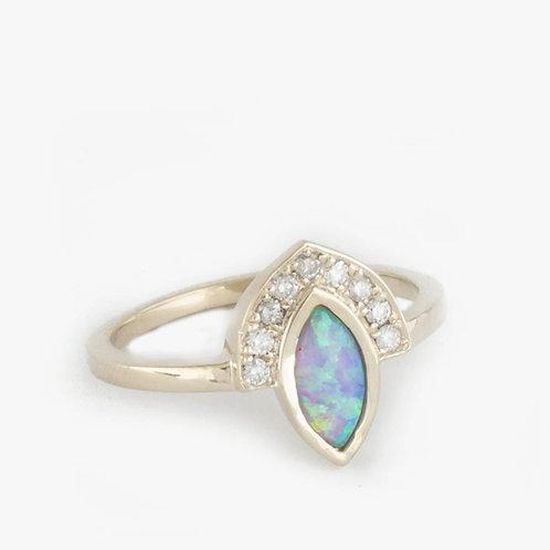 טבעת מניפה אופל מרקיזה