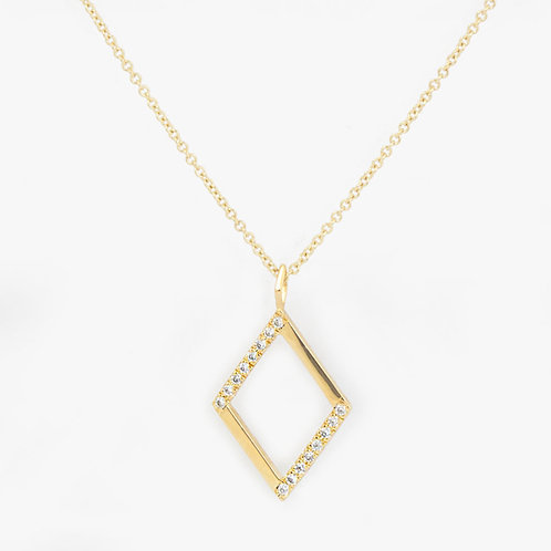 שרשרת זהב מעויין משובצת יהלומים