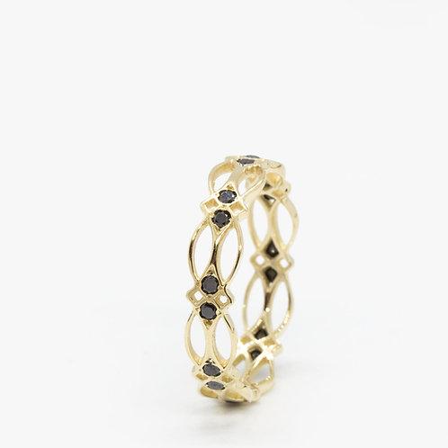 טבעת קלטית יהלומים שחורים