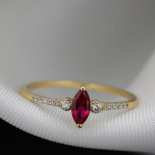 טבעת מרקיזה רובי ויהלומים
