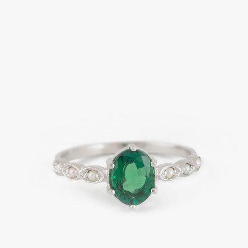 טבעת אמרלד ופנינים