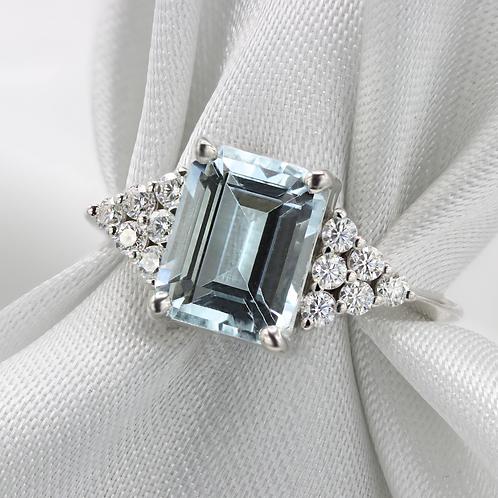 טבעת אקווה מרין ופרמידה יהלומים