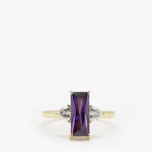 טבעת אמטיסט 12X5 ומשולשים מוסונייט
