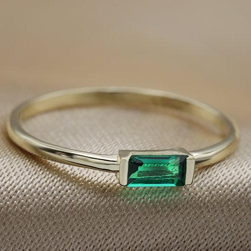 טבעת אמרלד בגט