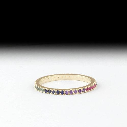 טבעת עדינה במיוחד בשיבוץ ריינבו