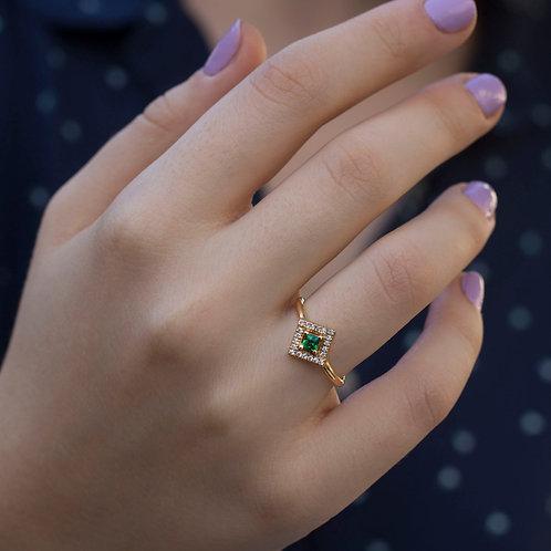 טבעת אמרלד ויהלומים פרינסס פאווה