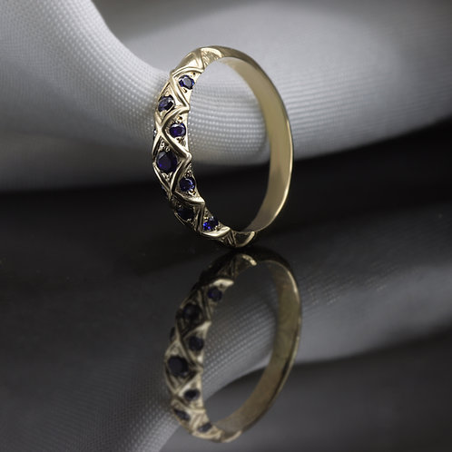 טבעת וינטאז' ספיר קריס-קרוס