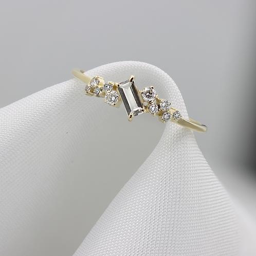 טבעת ספיר לבן ויהלומים