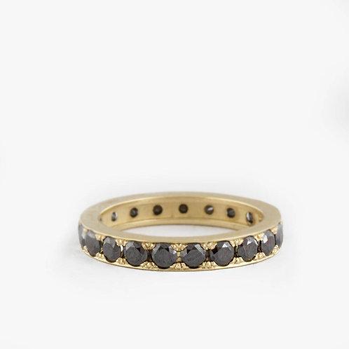 טבעת נצח יהלומים שחורים