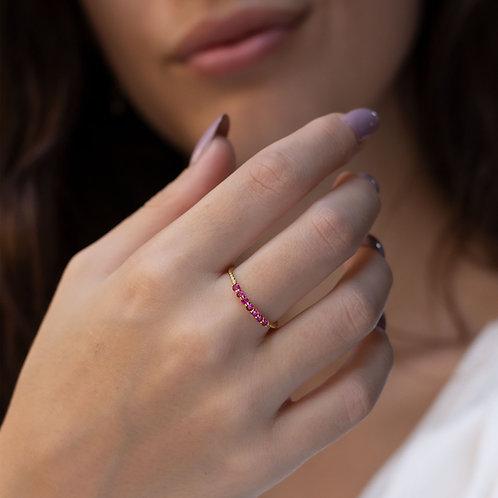 טבעת רובי משובצת