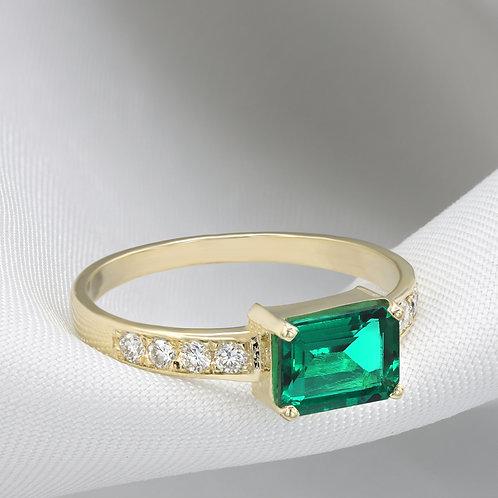 טבעת אמרלד 1.45 קרט ויהלומים 0.24 קרט מיוחדת