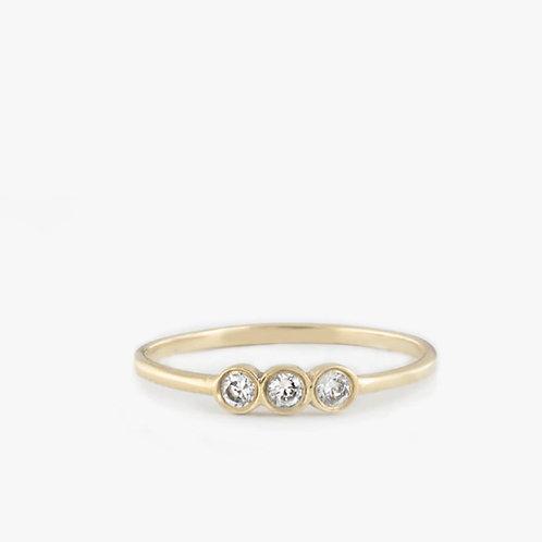 טבעת 3 יהלומים