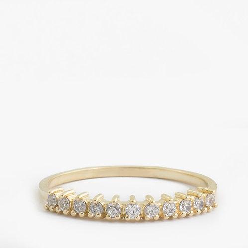 טבעת יהלומים חצי-נצח