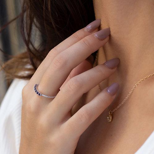 טבעת משובצת ספירים